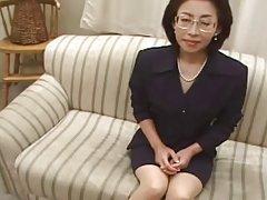 53 år gammal makiko miyashita älskar ungtupp (ocensurerad)